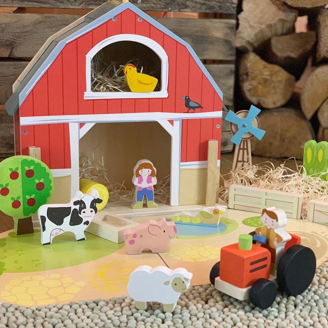 Little Barn Set